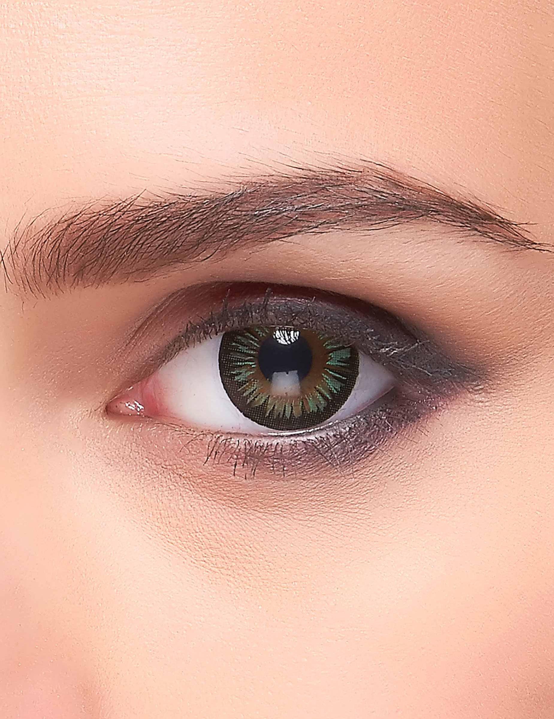 kontaktlinsen gr ne farbt ne erwachsene schminke und. Black Bedroom Furniture Sets. Home Design Ideas
