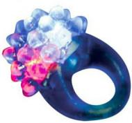 Magischer Ring mit blauem LED Licht
