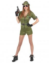 Ein Militärkostüm für Frauen