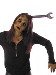 Haarreif mit blutigem Schraubenschlüssel