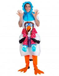 Verkleidung als Baby, das von einem Klapperstorch getragen wird - für Erwachsene