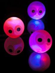 Flummi mit leuchtenden Augen 14cm