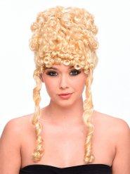 Blonde lockige alte Göttin