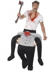 Mann auf Rücken von Kopflosem Halloweenkostüm