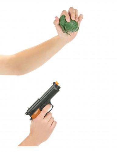 Set mit Revolver und Handgranate-1