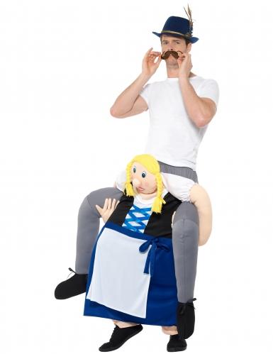 Mann auf Rücken von Bayerin Oktoberfest-Kostüm-1